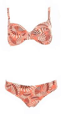 Storm in a D cup – stylish swimwear for the fuller bust
