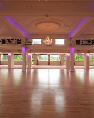 Wicksteed Park: A unique wedding venue!