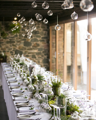 5 ways to decorate your venue ceiling